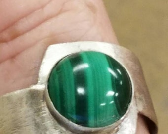 Sterling silver and malachite ring