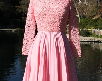 Pink Flower Pattern Rouched Top Pleated Bottom