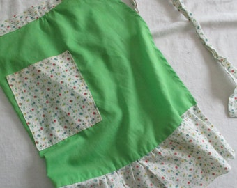 Vintage Green and Multi-Color Floral Apron