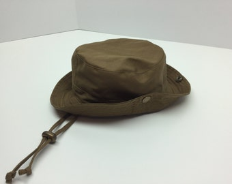 Explorer hat in tissue recovered