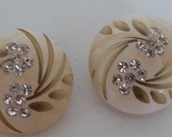 Vintage Jewelry Lot/Earring Lot/Clip On Earrings/Costume Jewelry Lot/Vintage Earrings/Engraved Earrings/Womens Jewelry/Womens Accessories