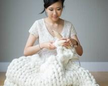 Super Bulky and Chunky Merino Yarn   Cream     Big Merino Yarn   Extreme Roving Yarn   Arm Knitting   Extreme Crochet