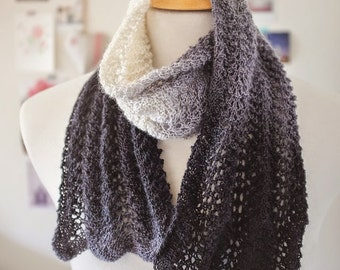 Ombre Feather and Fan Knit Scarf-Pattern-Easy