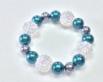 Beautiful Glass Teal and Crystal Beaded Bracelet