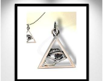 Eye pendant pyramid _ Pendentif pyramide oeil