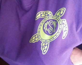 Sea Turtle pocket Monogram tshirt