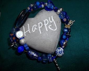 gorgeous blue bracelet