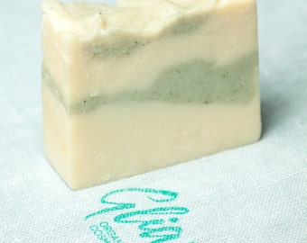 Handmade natural fir white clay bar soap SLS free organic by Gliara (™)