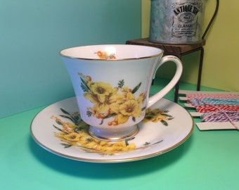 Noritake Cup & Saucer soy wax Candle