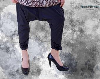 Unique - harem pants with many faces