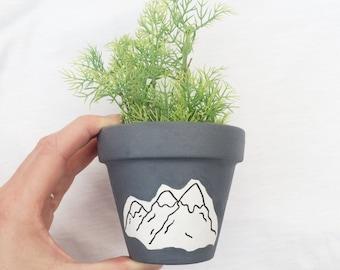Mountains mini plant pot