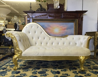 Gorgeous Queen Elizabeth Living Room Chaise Lounge Solid Wood Carved With Premium Velvet Tufted