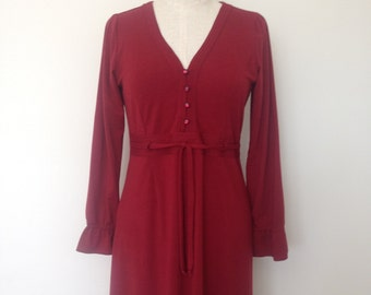 Wool jersey winter dress with bodice stitching and tie