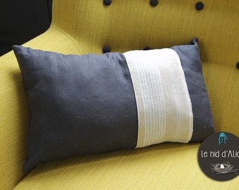 100% linen cushion, blue China, 30 x 50 cm, interior decoration, sofa and Chair