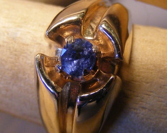 10K Solid Gold Ring with Natural Sapphire. Size 9