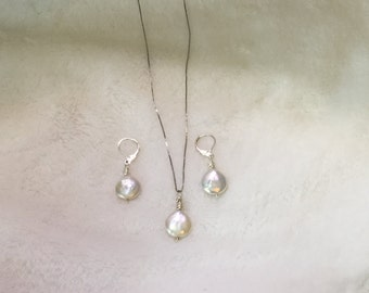 Sterling silver and fx fresh water pearl set