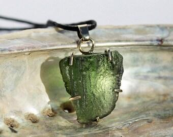 Moldavite pendant 14K gold - rough moldavite - 585 gold