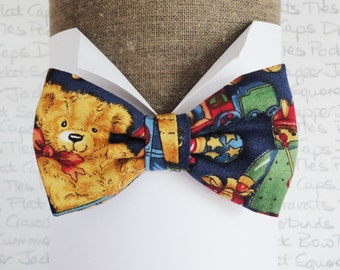 Boys Bow Tie, Teddy Bear Print Bow Tie, Blue Bow Tie for Boys