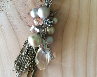 Almond Pearl Cluster Necklace
