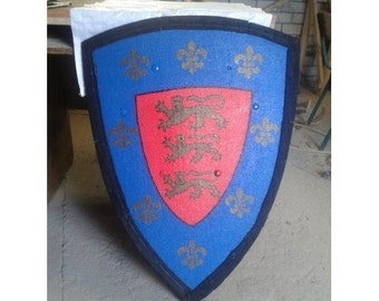 Wooden functional shield with lions