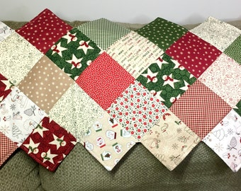 Christmas Quilted Table Runner - Wrapped In Joy Table Runner - ZigZag Table Runner - Christmas Table Runner - Christmas Decor -Quilted Decor