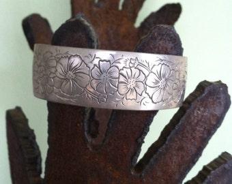 Vintage Kirk pewter cuff bracelet cosmos 1970's flower of the month series