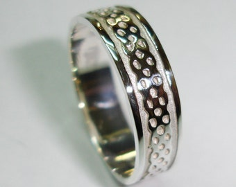 Wedding ring of silver law, Celtic knot, A-114 alliances, rings of marriage.