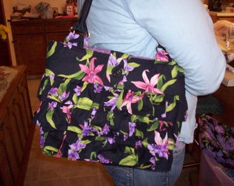 Black Floral Quilted Purse