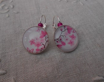 Glass cabochon earrings * cherry blossom *.