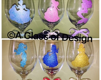 Glittered Princess glasses, hand painted glasses, wine glasses, princess wine glass, wine Christmas gifts, elsa wine glass, princesses, wine
