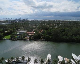 Zika Rain vs. Opulent Sunshine