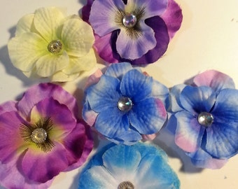 6 Assorted Flower Hair Clips