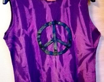 Trashion! Cool & unique violet top with peace sign size M-L