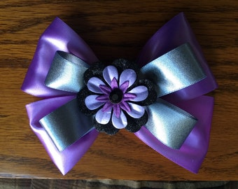 6 inch Purple and grey stacked bow