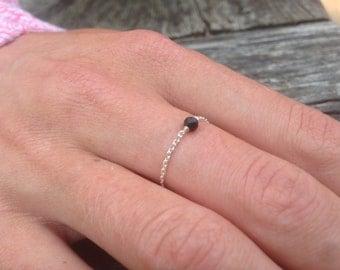 Ring silver fine chain, bead Swarovski Crystal