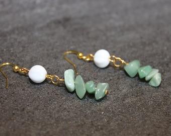 Earrings with semi precious stone