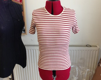 Large petite women top very nice and simple lol
