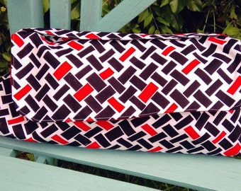 Red and black rectangles patterned clutch