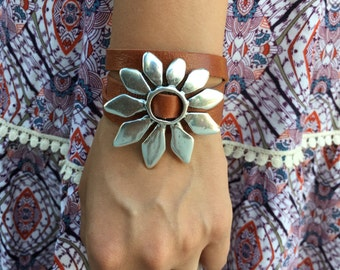 Leather Wrap Bracelet with Silver Daisy