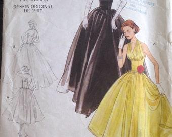 Vogue Dress Pattern 2962 Size 12,14,16,18
