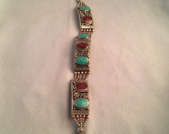 Tibetan-Style Clasp Bracelet