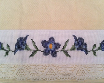 Towel blue flowers: