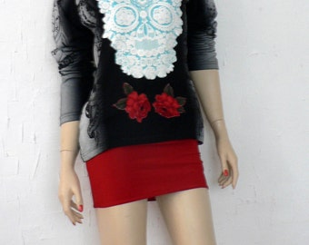 Blouse with skull and roses