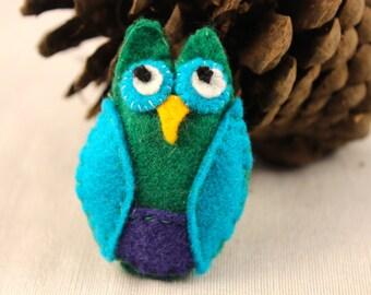 Tiny Felt Owl Brooch