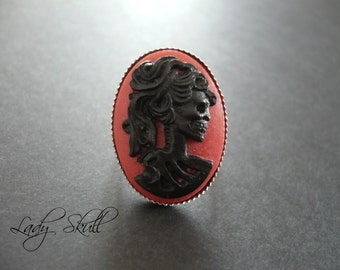 Skull cameo ring - Black and red on silver