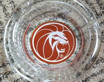 Vintage MGM Grand Las Vegas Casino Memorabilia Glass Ashtray Red Lion Bar Lounge