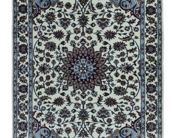 Blue and Beige Small Kashan Oriental Rug 4'X6'