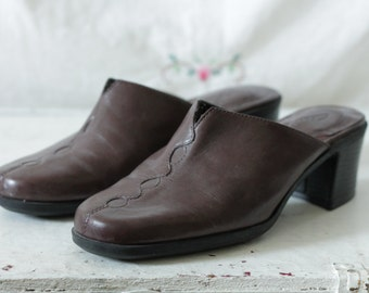 Brown leather clarks mules | Slip on brown clogs with chunky heel | Size 8