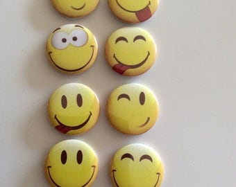 Lot of 6 badges smilies to clips