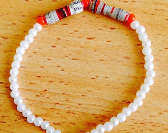 Strech Multicolored paper beads and pearl Bracelets Hands Made